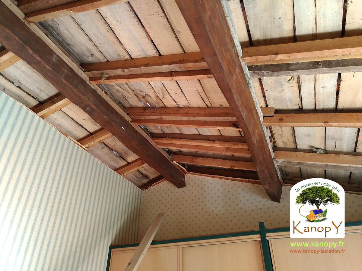 Lambris bois exterieur sous toiture for Pvc exterieur sous toiture